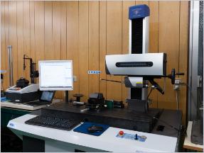 形状測定機